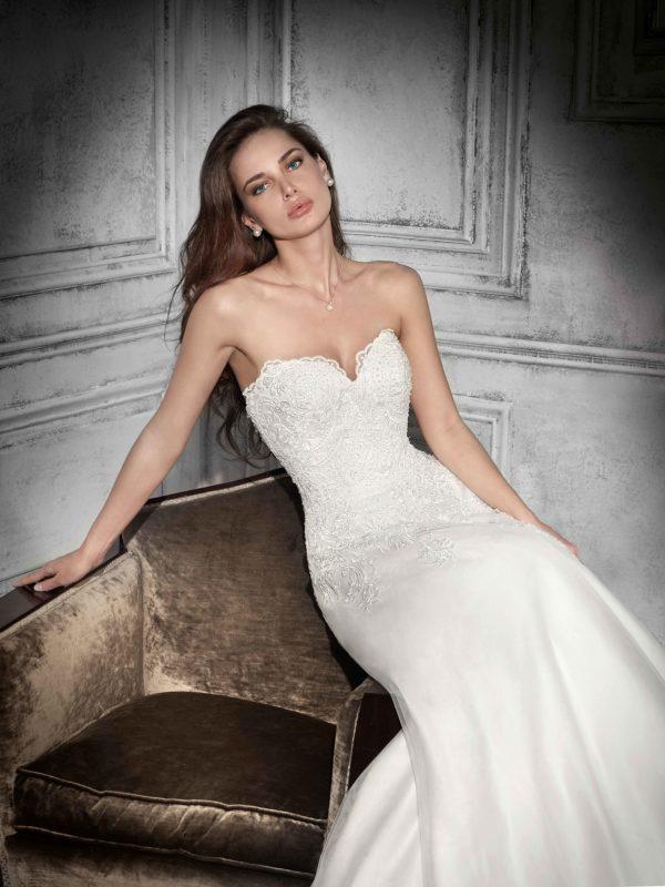 robe-mariage-demetrios-734-463