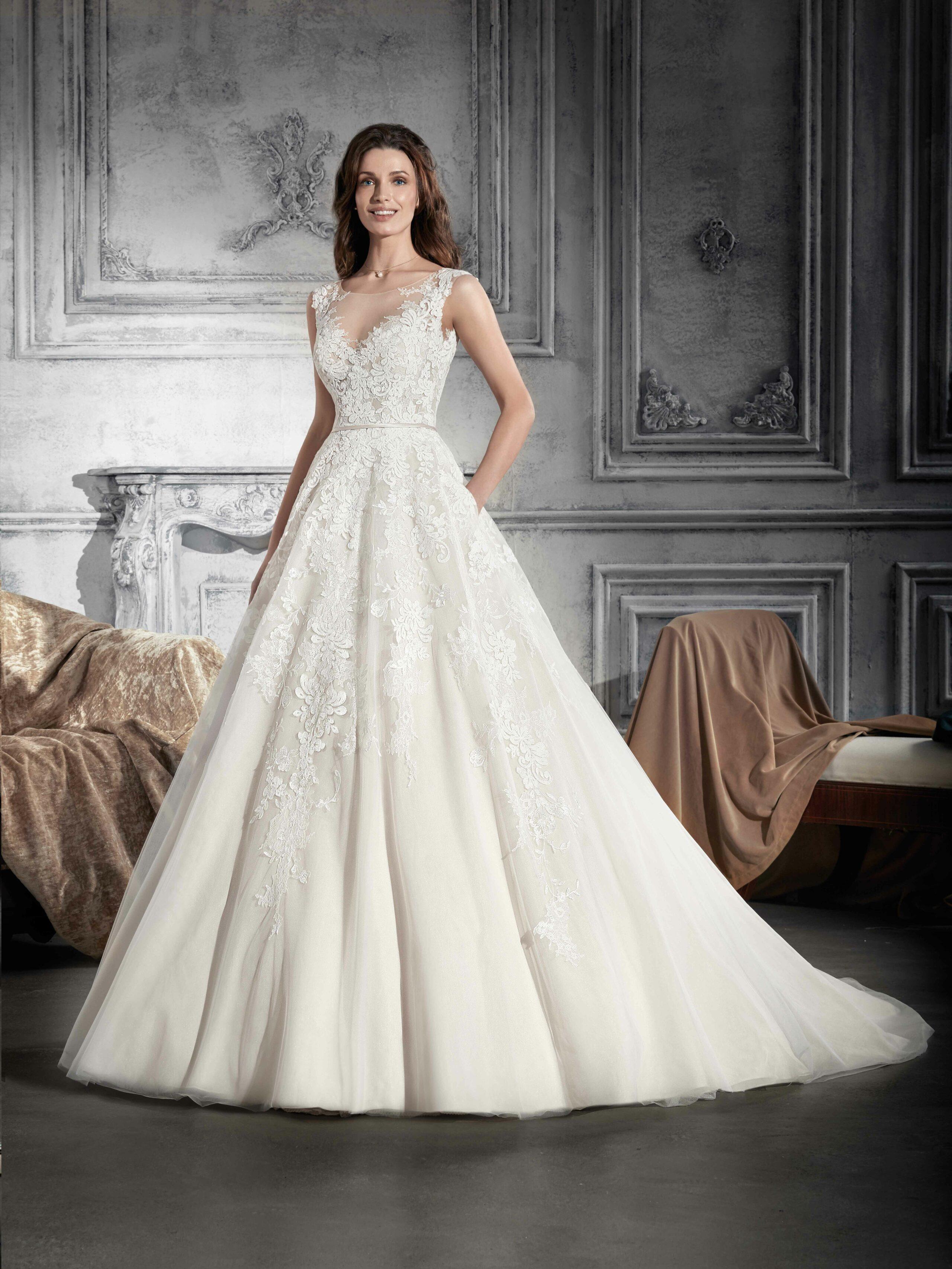 Lyne mariage cannes robes de mari e robes cocktail for Magasins de robe de mariage miami