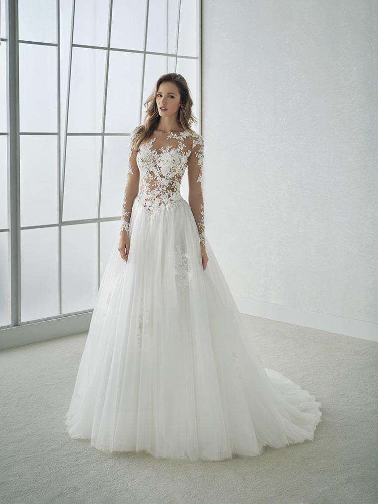 nouvelle arrivee ramassé techniques modernes Robe de mariée White One Fergie - Lyne Mariage