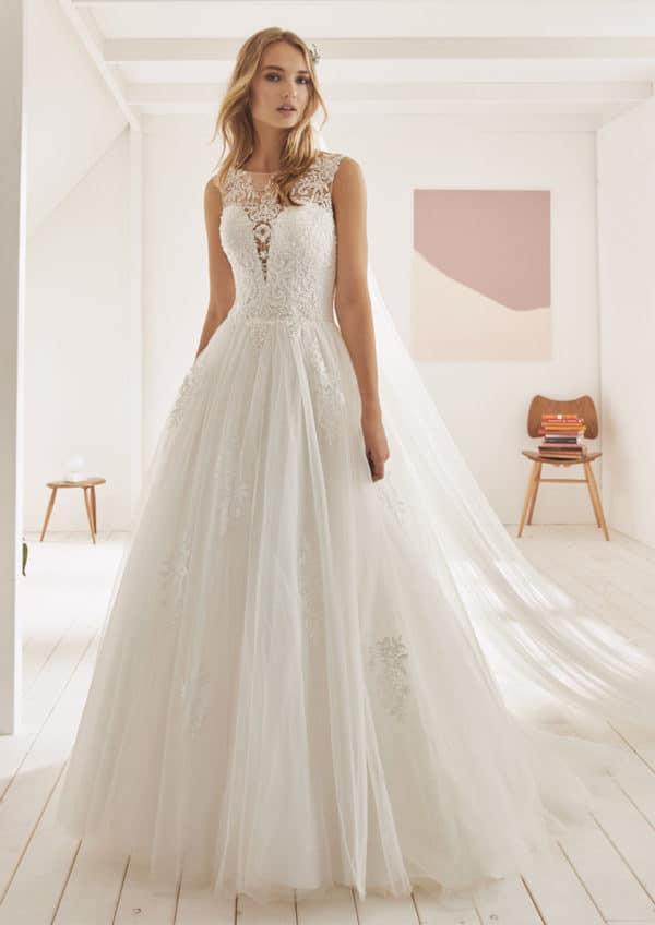 Robe de mariée White One Olybeth