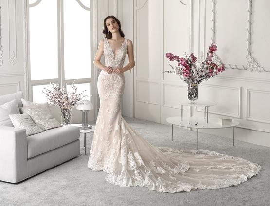 Robe de mariée Demetrios 872
