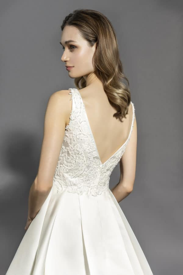 robe-de-mariee-lyne-mariage-cannes-couture-nuptiale-Madisson-Dos