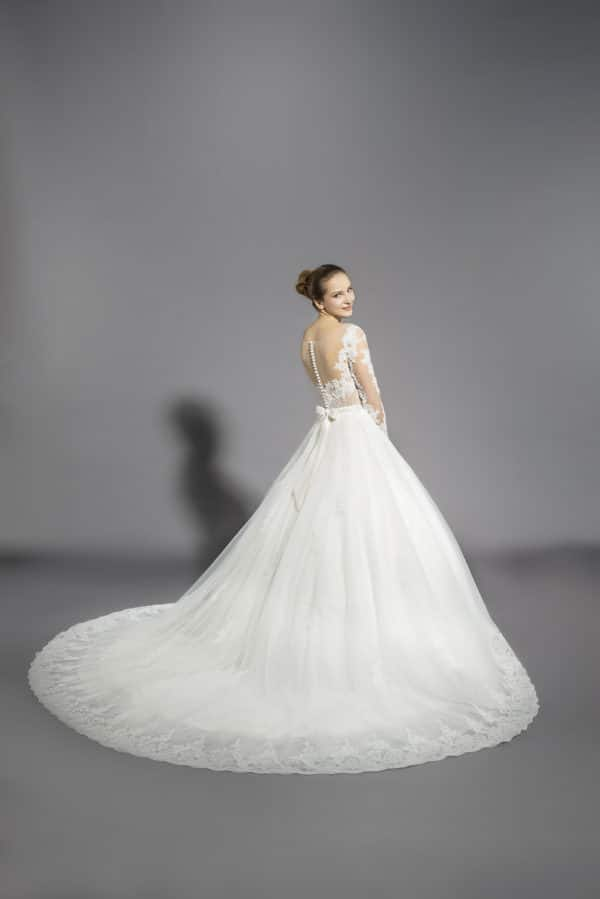robe-de-mariee-lyne-mariage-cannes-couture-nuptiale-Palmyre-dos