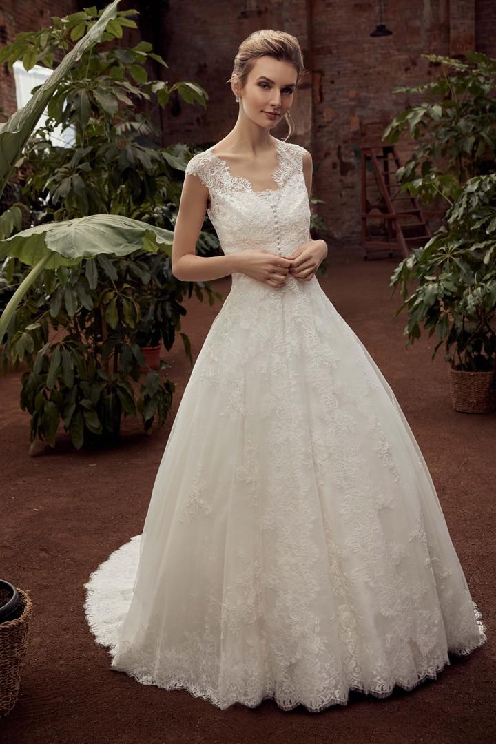 Robe de mariée Miss Kelly modèle 21124 − Lyne Mariage